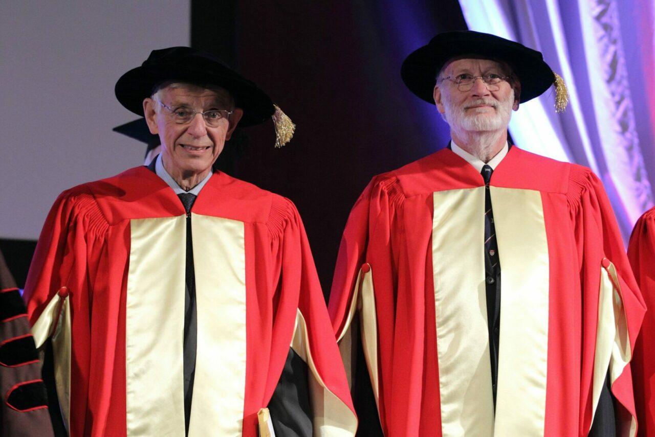 Dr James C. Hogg et Dr Jonathan L. Meakins (photo: Owen Egan)